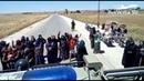 Сирия: толпа остановила патруль армии России и обратилась к военным