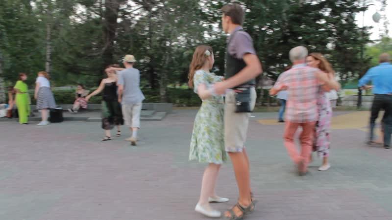 Sergey Eybog Forest Maiden Северная Сторона Занятия в сквере Кири Баева 01 07 2020