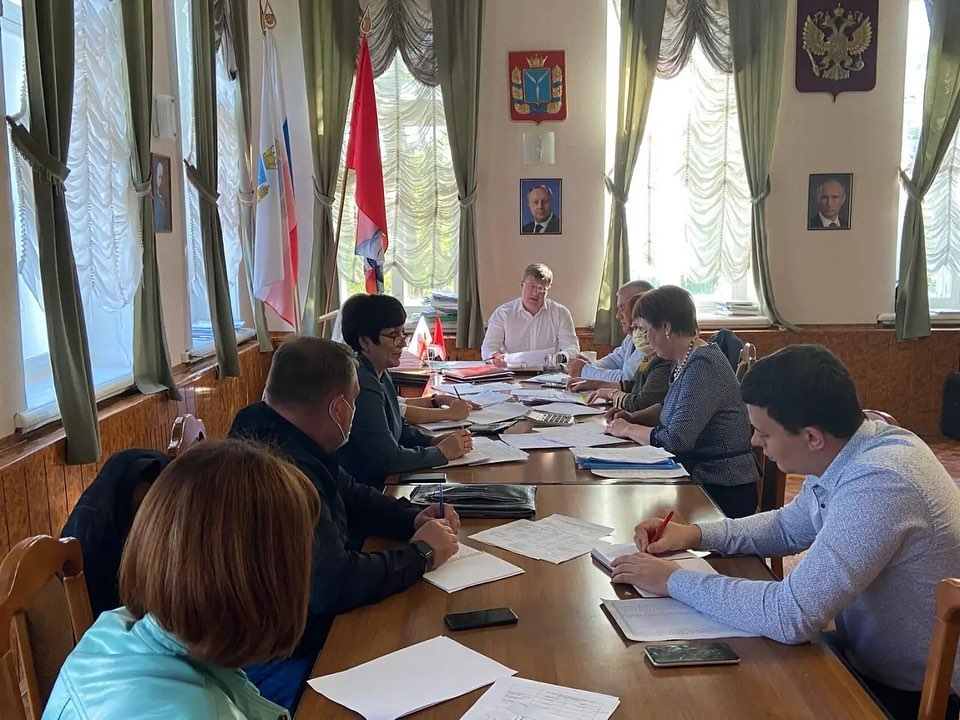 В администрации района началась работа над проектом главного финансового документа района