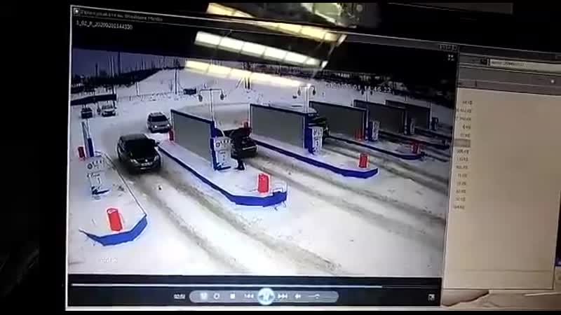Взрыв газоболонного оборудования автомобиля на АГЗС в Мелеузе