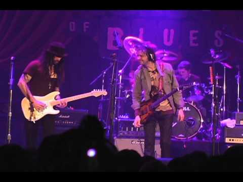 George Lynch Paul Gilbert Richie Kotzen Snortin Whiskey Guitar Generation Tour 2011 смотреть онлайн без регистрации