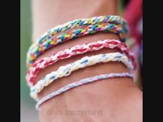 Плетем красивые косички фенечки