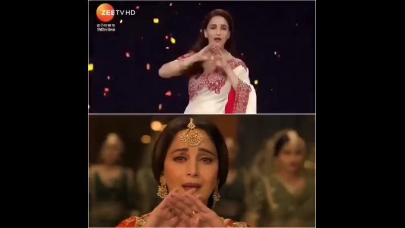 Мадхури Дикшит исполняет номер Tabaah Ho Gaye.