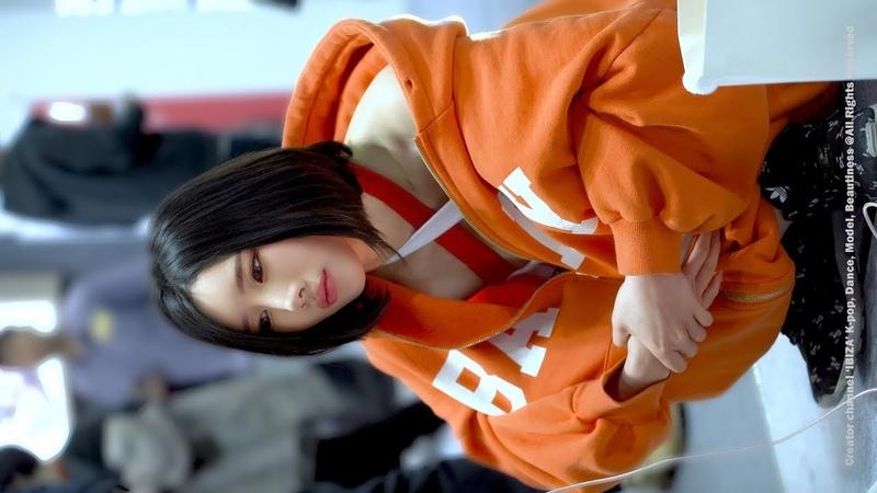 [4K] 지금은 방송중(on air) 송주아(Song JooA) 서울모터쇼 190402 @ 직캠 fancam by IBIZA