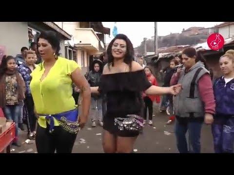 HOT ARAB BBW WOMANS WEDDİNG DANCE