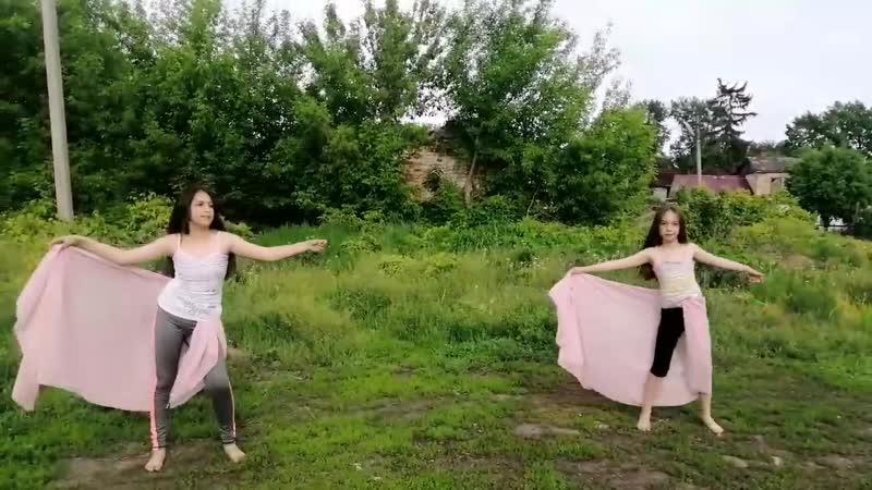 Назарян Светлана и Лилит