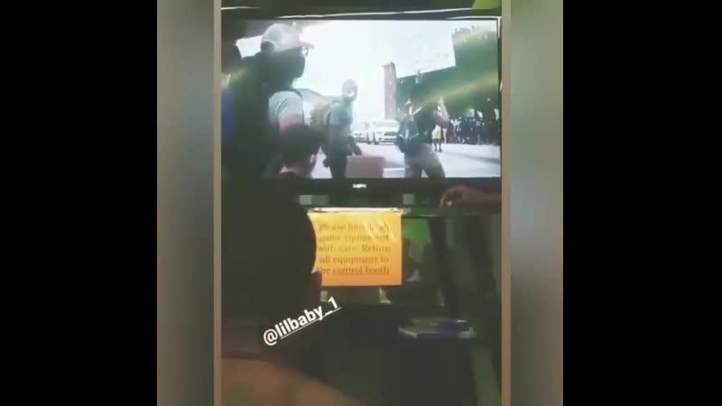 Заключенные смотрят клип Lil Baby