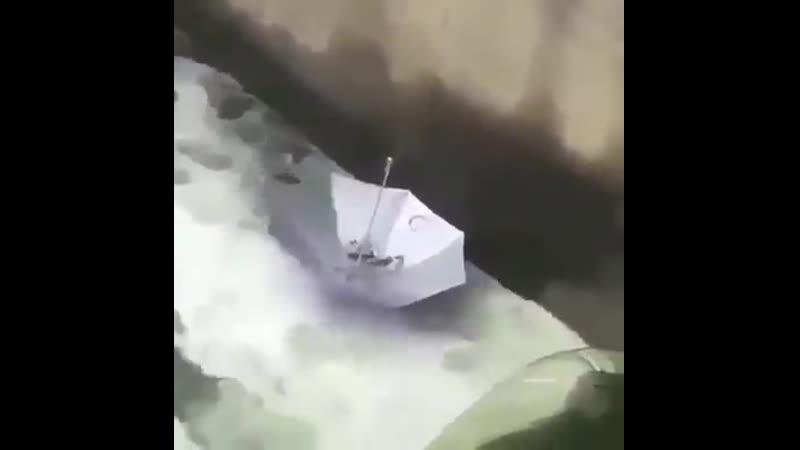 Настоящего рыбака не пугает отсутствие удочки
