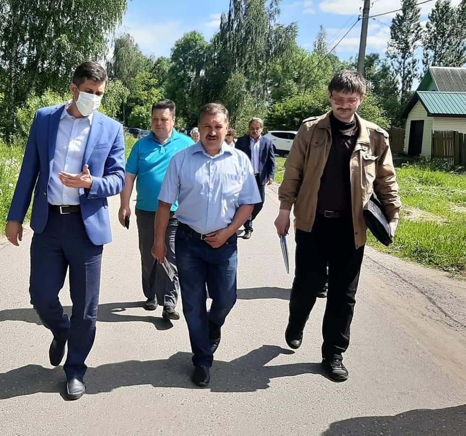 В поселке Куйбышева разбирались в проблеме водоотведения