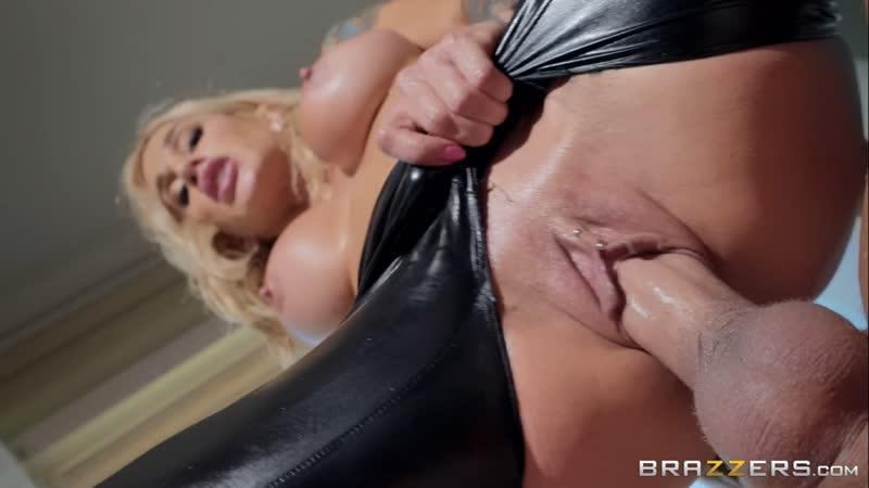 Sarah Jessie ( Leather Lust) 2018, Blonde, MILF, Big Tits, Oil, Straight, Deep Throat, Face Fuck, Titfuck,