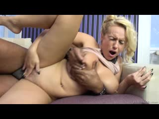 Сочная блондинка с пирсингом в титьках трахается с негром Angel Wicky ПОРНО new Porn HD Gonzo IR Hardcore black big ass tits ass