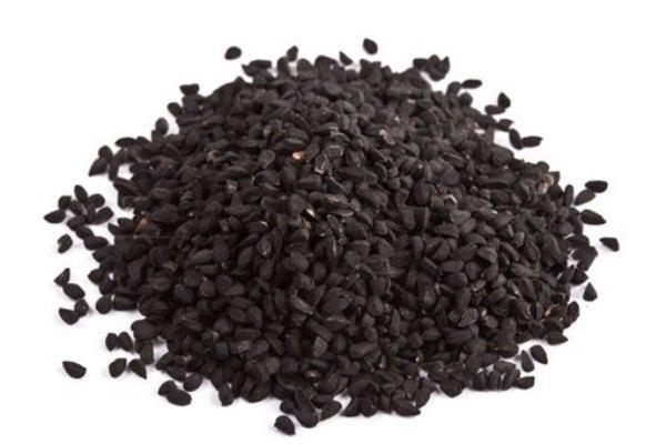 Какие овощи посадить осенью Лук-севок на репку Лук-севок имеет размеры 1-3 см в диаметре, но мы высаживаем самый мелкий, размером 0,8-10 мм. Именно осенью доступен (продают на каждом рынке)