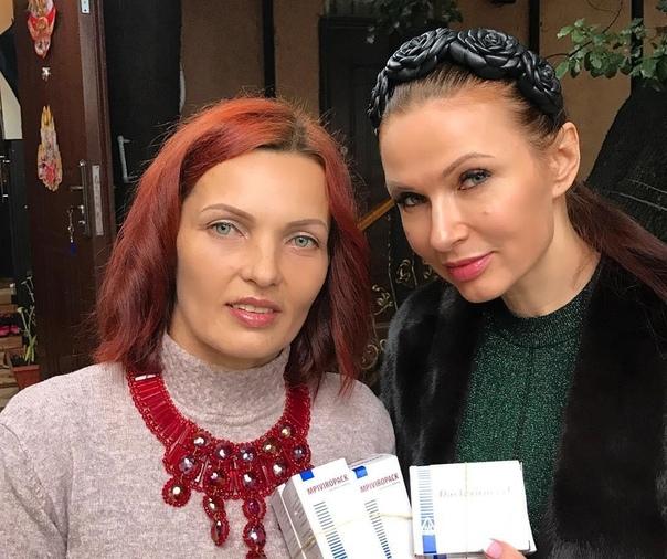 Эвелина Бледанс заявила, что прекратила общение с сестрой.