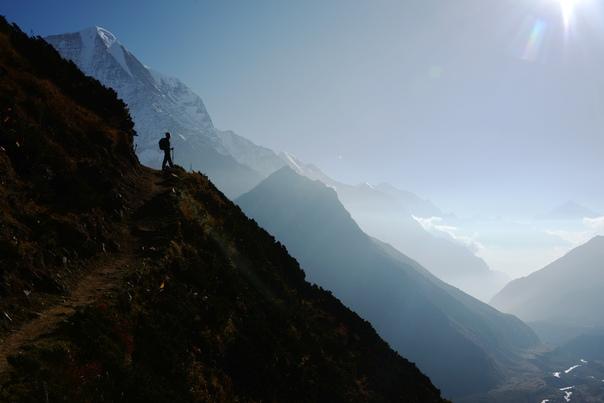 Горы имеют власть звать нас в свои края, это уже не страсть, это судьба моя…