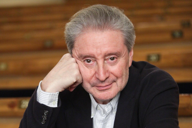 Сегодня свой день рождения отмечает Смехов Вениамин Борисович.