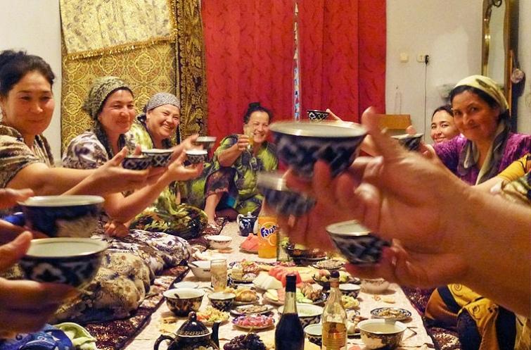 10 национальных особенностей узбеков, которые русским людям покажутся странными, изображение №5