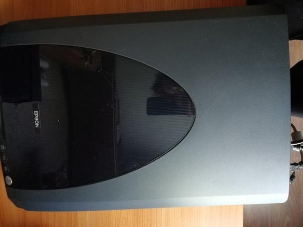 Отдам даром сканер Epson, системный блок Asus, мон...