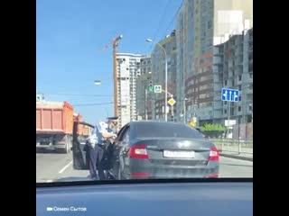 Пьяный водитель с боем уехал от ДПС в Екатеринбурге