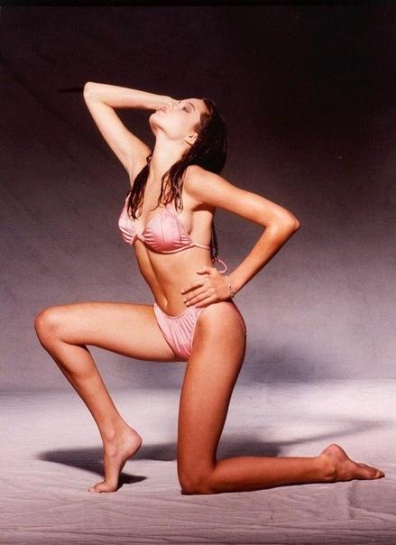 Фотосессия 14-летней Анджелины Джoли, 1989 год.