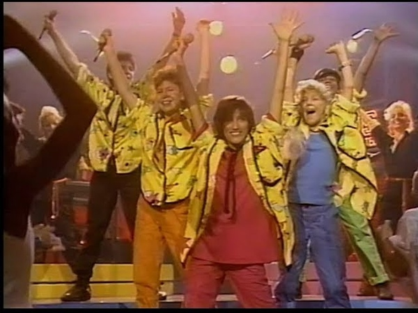 KIDS Incorporated - You Cant Hurry Love (720p Live-Look HD Remaster)
