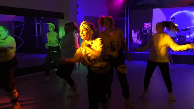Студия танцев Evil Clown в Кубике