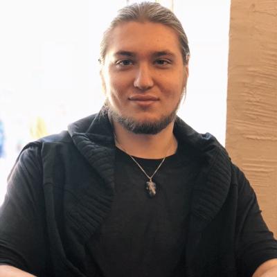 Глеб Тихонов