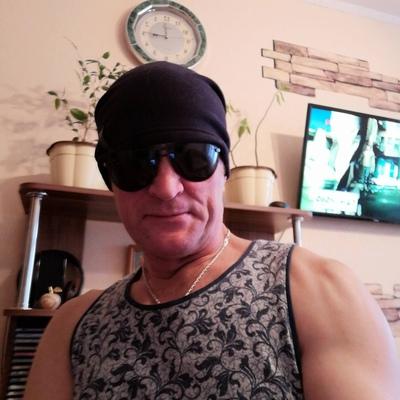 Pavel, 47, Volzhskiy
