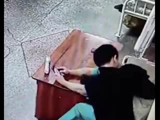 Побег из психбольницы в Иркутске Рифмы и Панчи