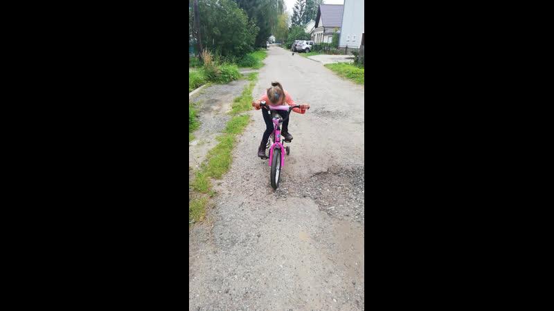 Учимся кататься на велосипеде.kriskukushkina_dcp